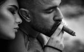 ich liebe dich. Intime Beziehungen und sexuelle Beziehungen. verliebtes Paar. Sex Drugs und Rock n Roll. Romantik und Liebe Konzept. Leidenschaft Sehnsucht. Porträt aus nächster Nähe.