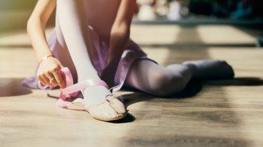 Ballerina dress pointe