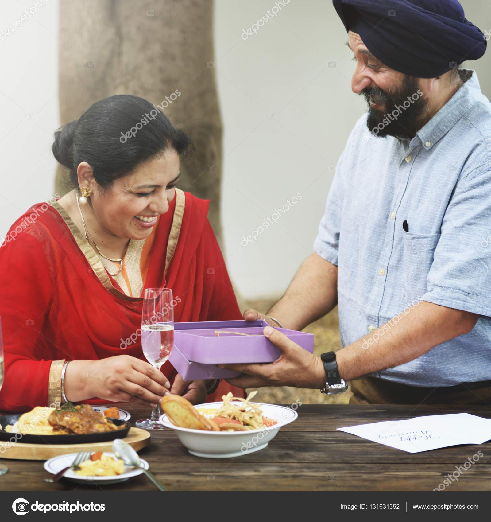 Wie funktioniert das Dating in Indien