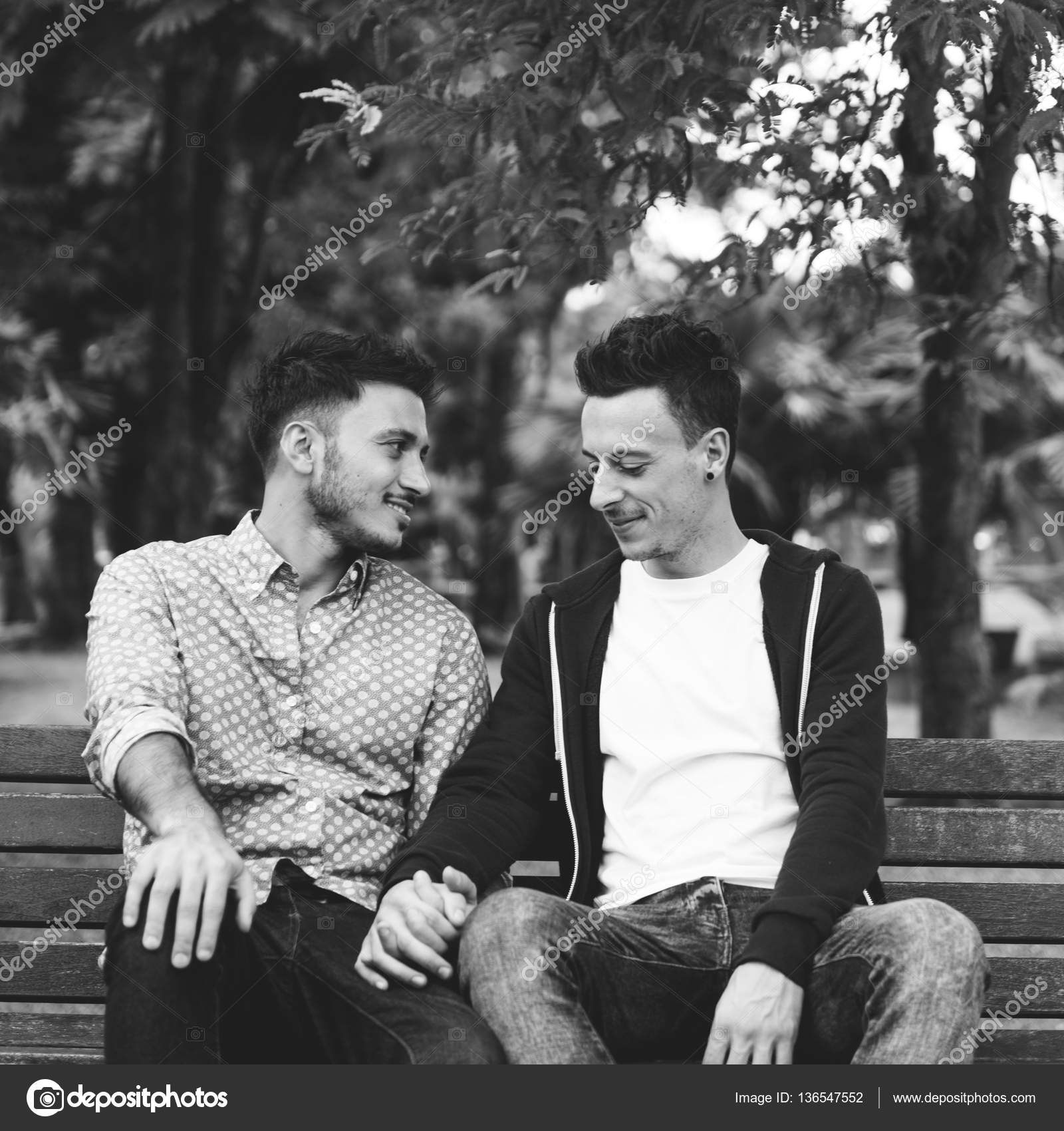 Gay couples love