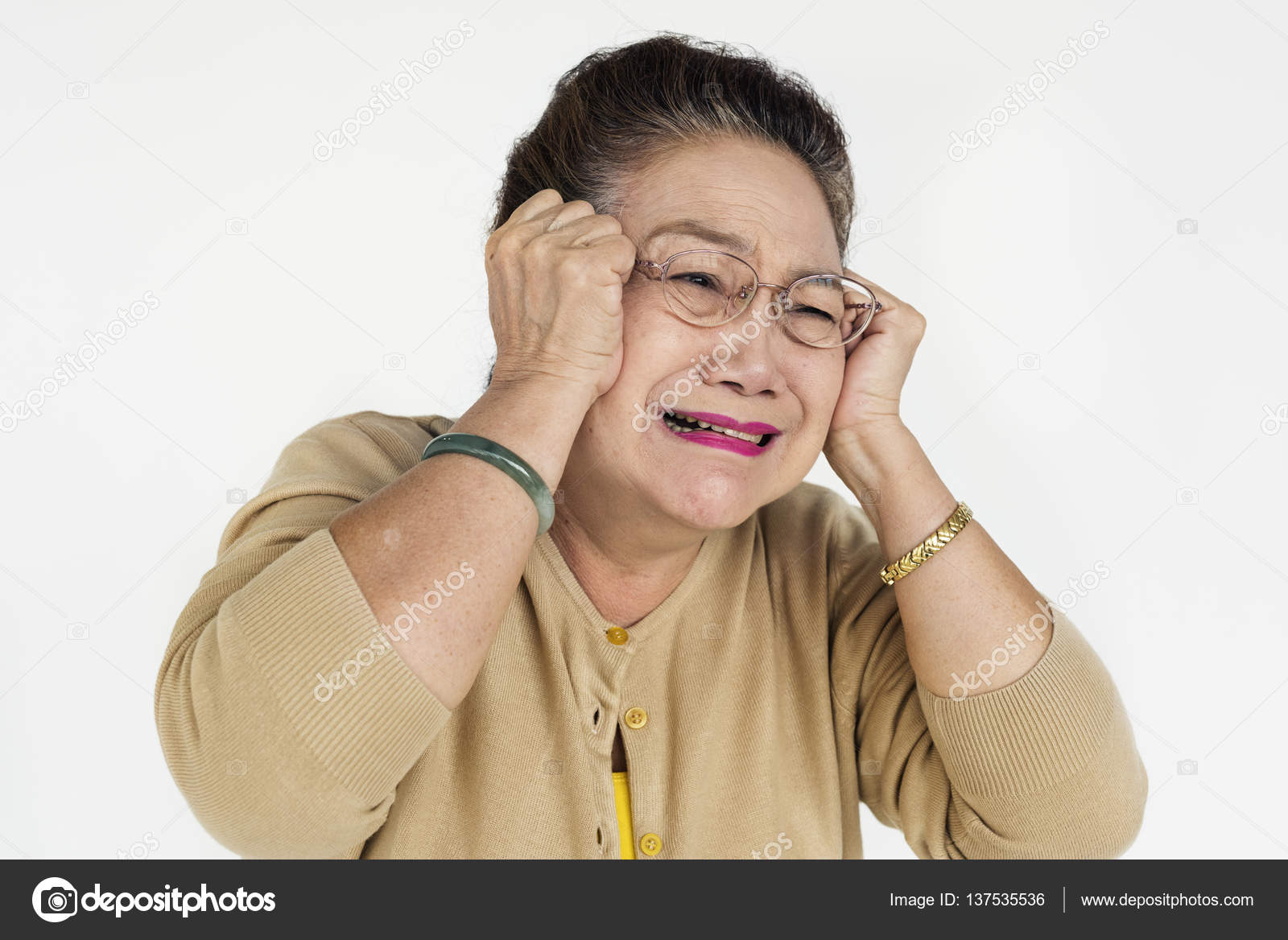 crying mature asian woman — stock photo © rawpixel #137535536