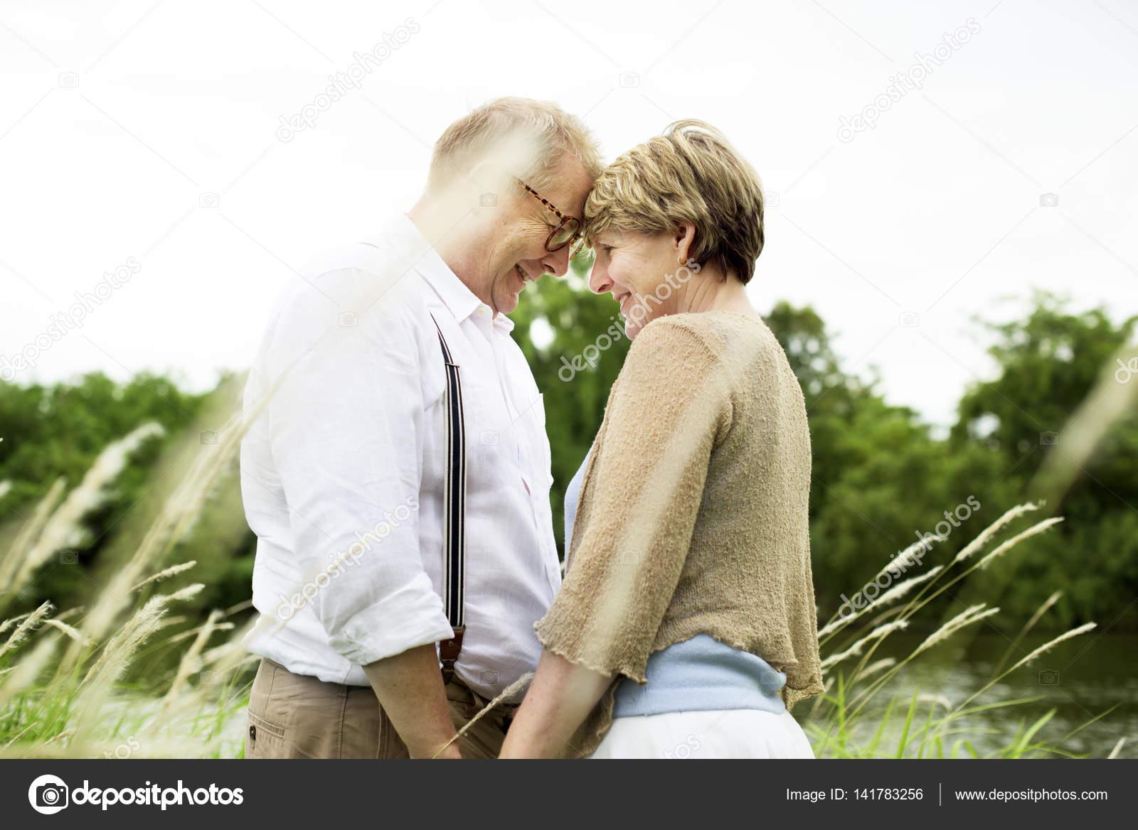 problemi di datazione per anziani
