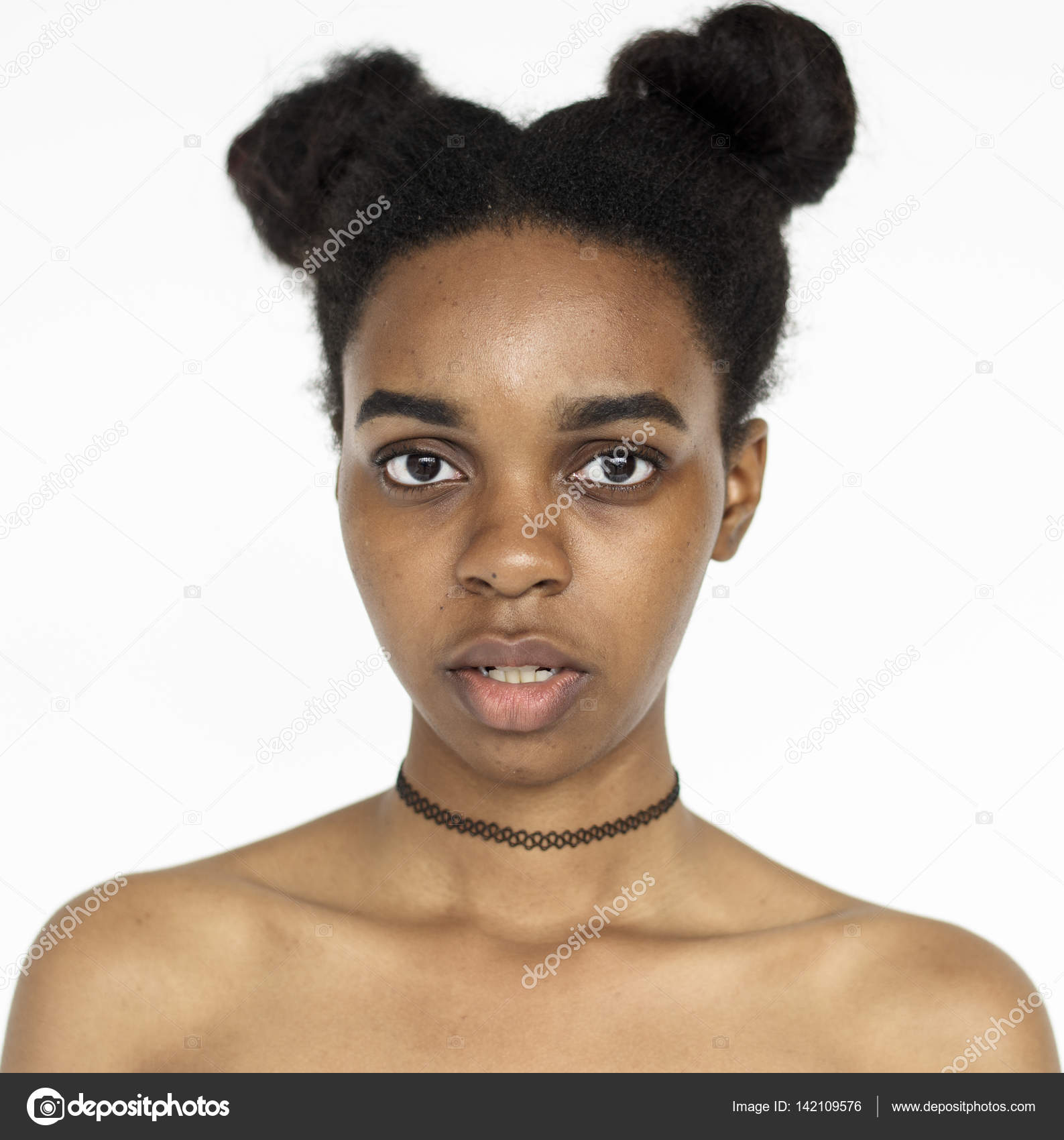 african women with facial haur