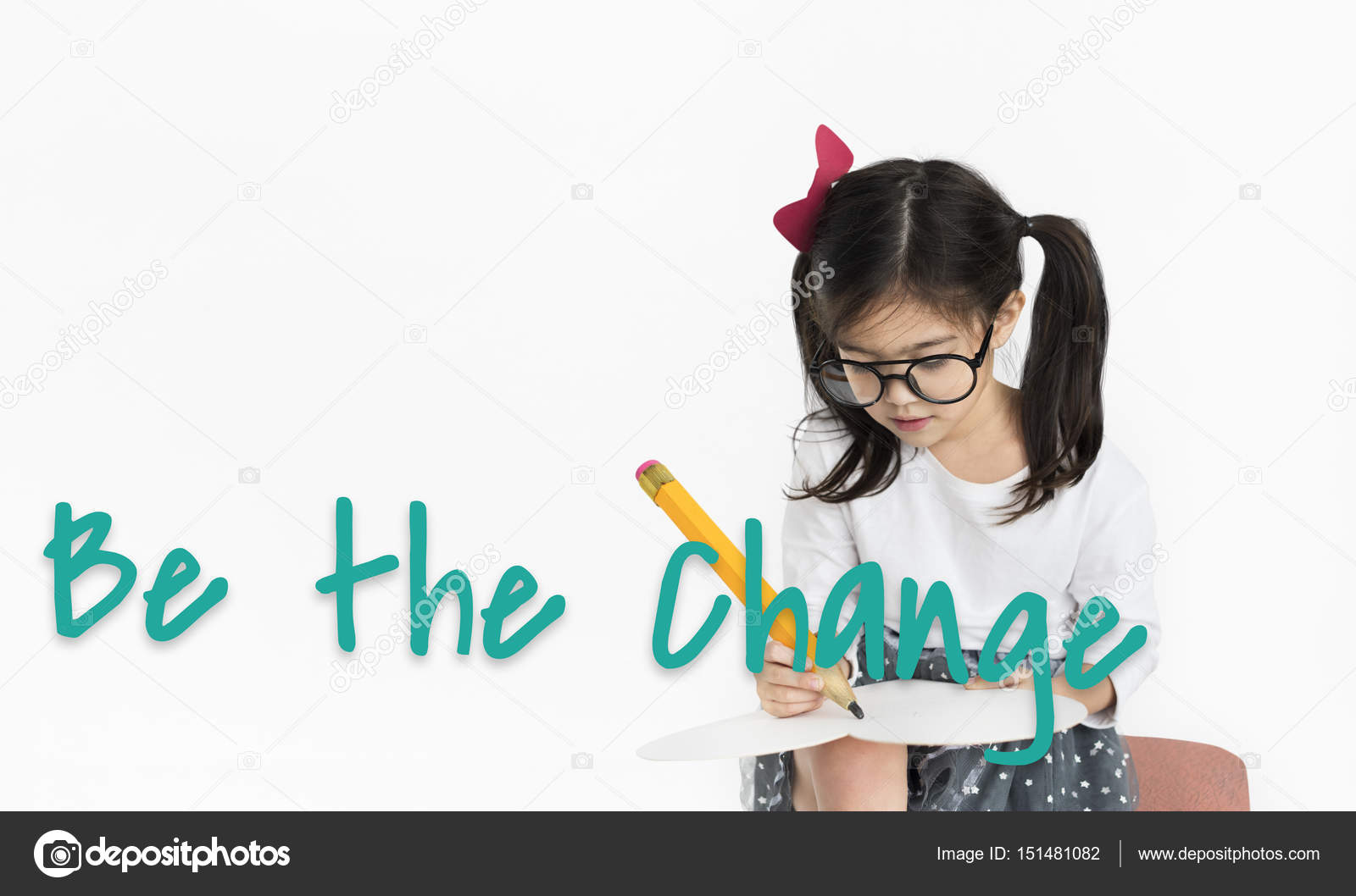 69bd43d33c09f little girl writing — Stock Photo © Rawpixel  151481082