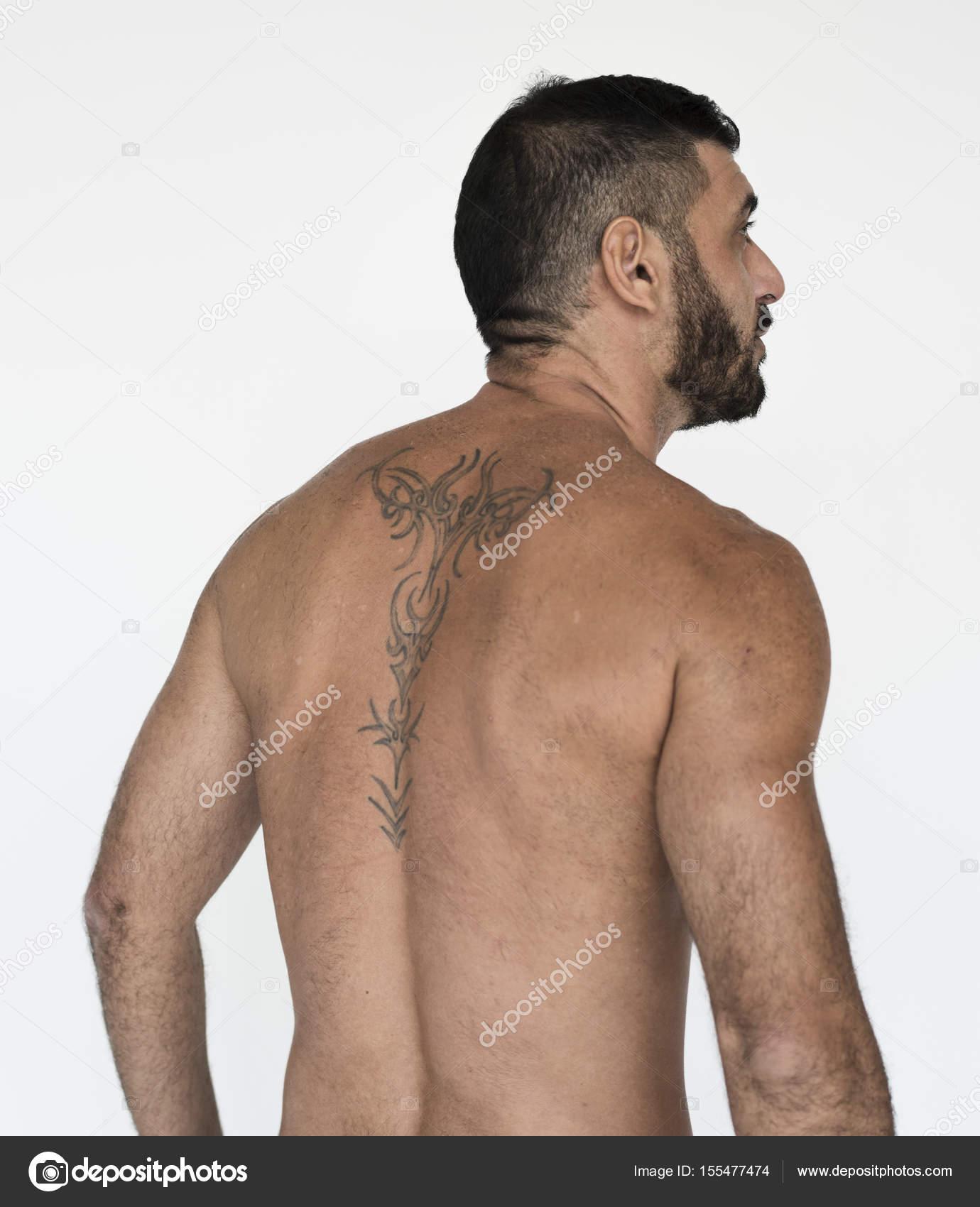 naken tatuering modell