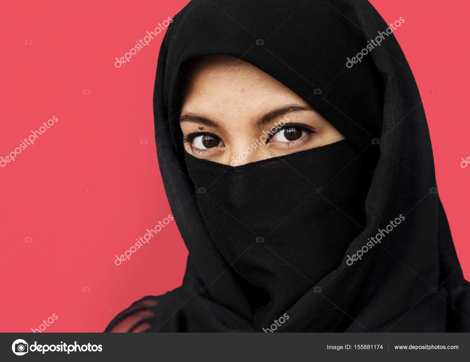 purdah のイスラム教徒の女性 ストック写真 rawpixel 155881174