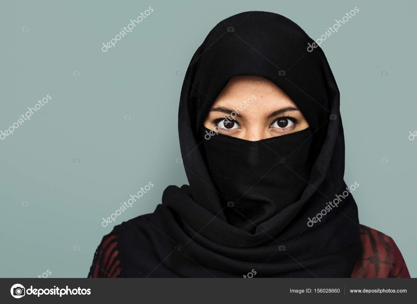 purdah のイスラム教徒の女性 ストック写真 rawpixel 156028660