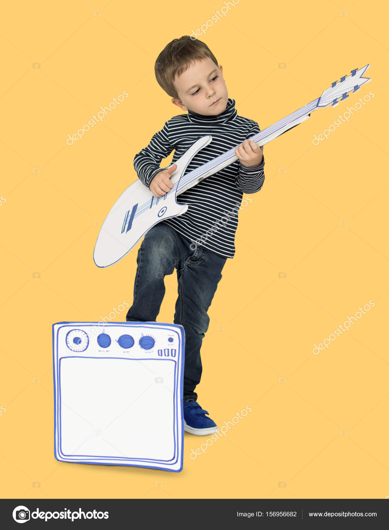 """essay on guitar playing Essay by jim sclavunos  who kid believes can indeed """"play guitar a lot  better than a lot of people think he can  i just couldn't necessarily play the stuff."""