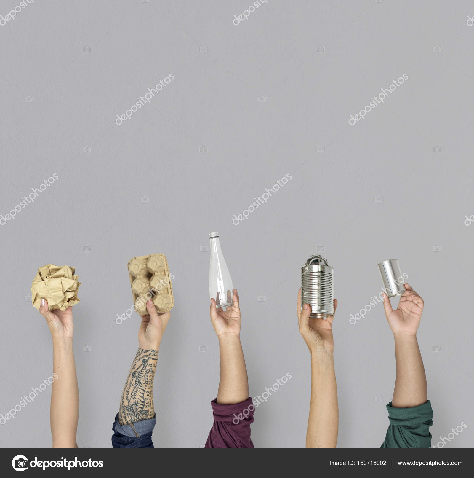 hands holding stuff for recycle stock photo rawpixel 160716002