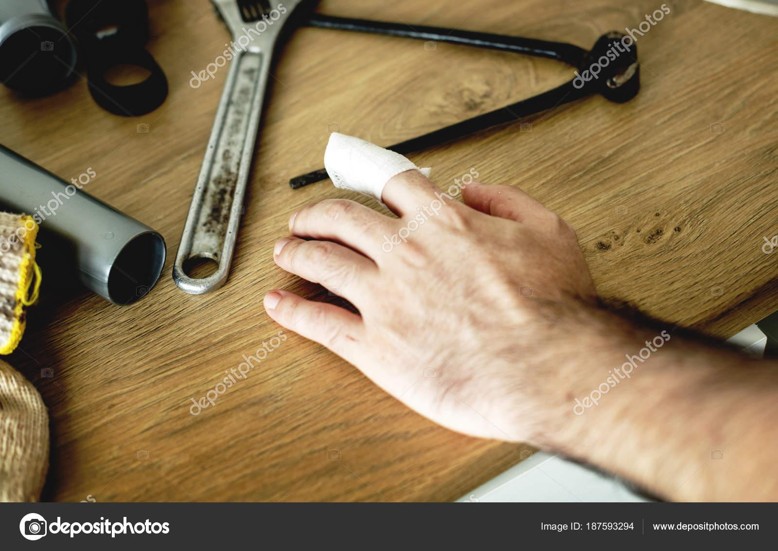 Persone con concetto sicurezza casa u2014 foto stock © rawpixel #187593294