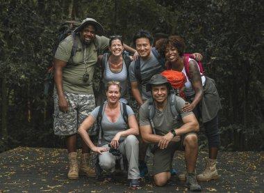 Mutlu farklı kamp Grup