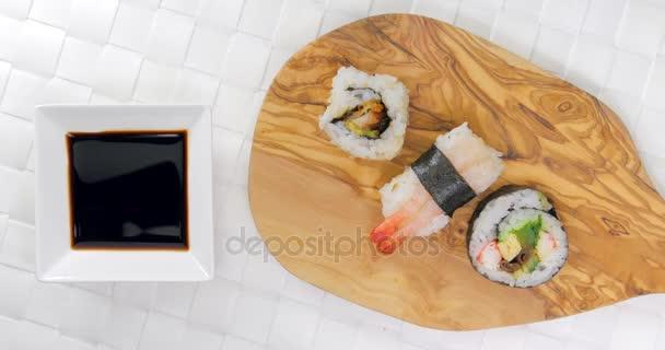 Pick és az csirke sushi szójaszósz dip