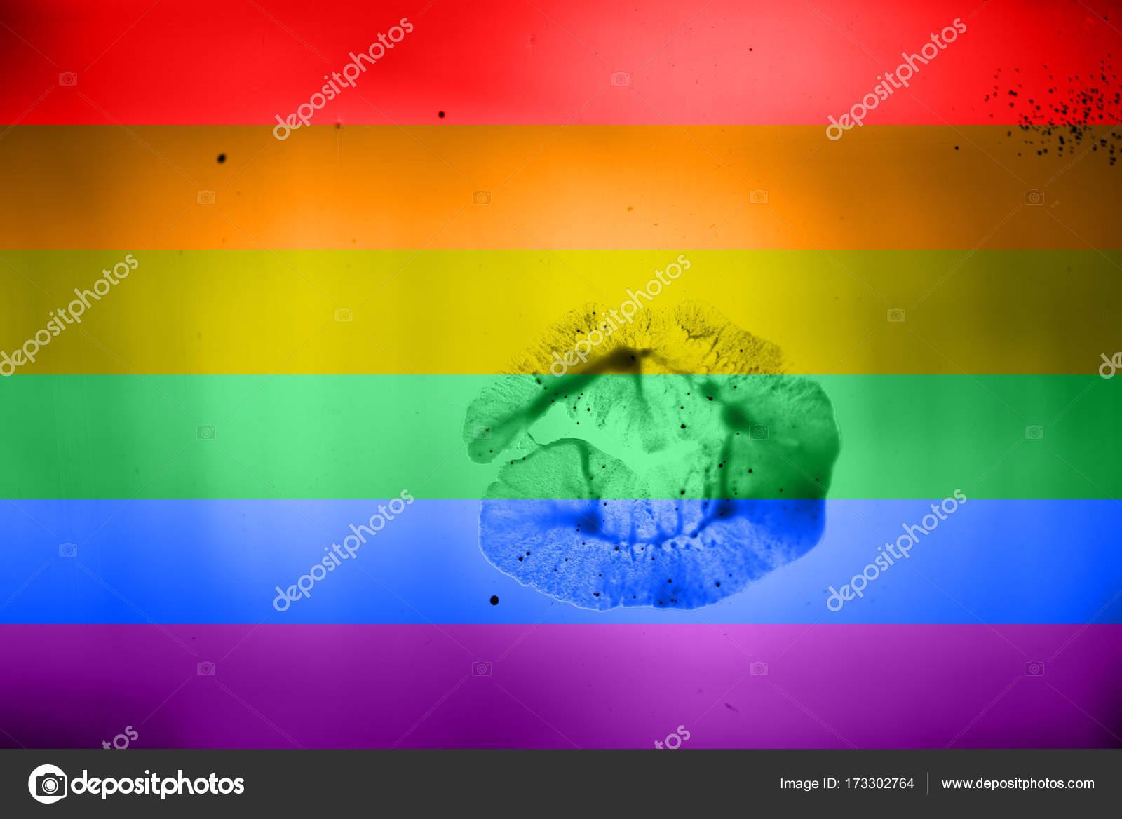 Бисексуалов и транссексуалов