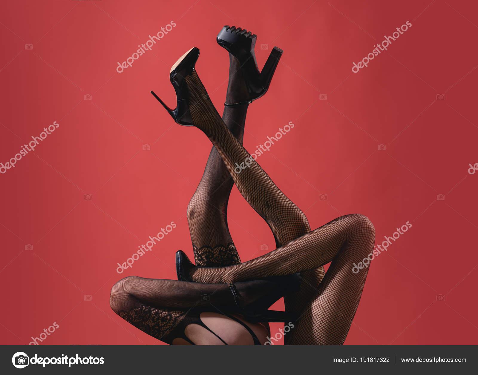 Wysokie czarne lesbijki