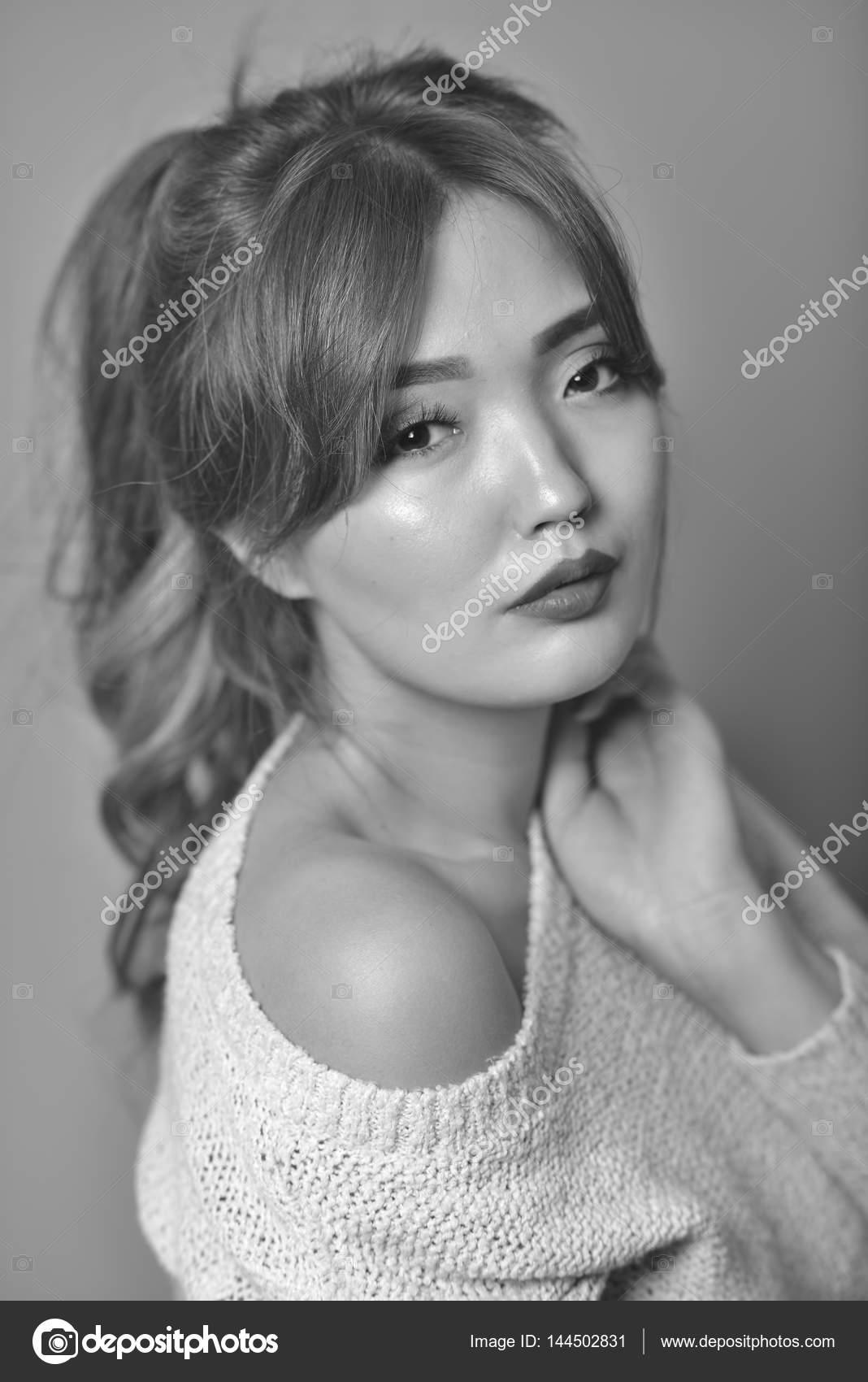 asijské sex dlouhé vlasy