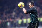 Milano, Olaszország. 2020. február 13. Coppa Italia vagyok. Ac Milan és Juventus Fc. Gianluigi Buffon a Juventus FC-től.