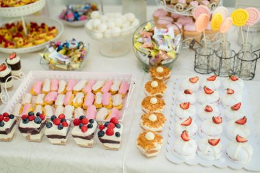 Beautiful wedding details with all the special moments and precious memories.