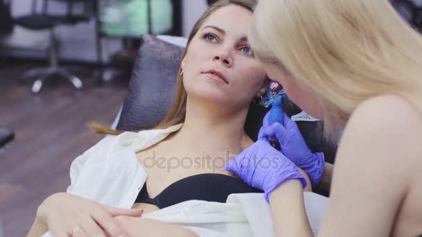 the process of tattoo master 14 february novosibirsk