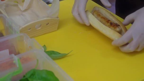 Ruční Příprava hot dog