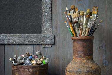 """Картина, постер, плакат, фотообои """"Кисти и краски художника. Оборудование для художественной."""", артикул 162468222"""