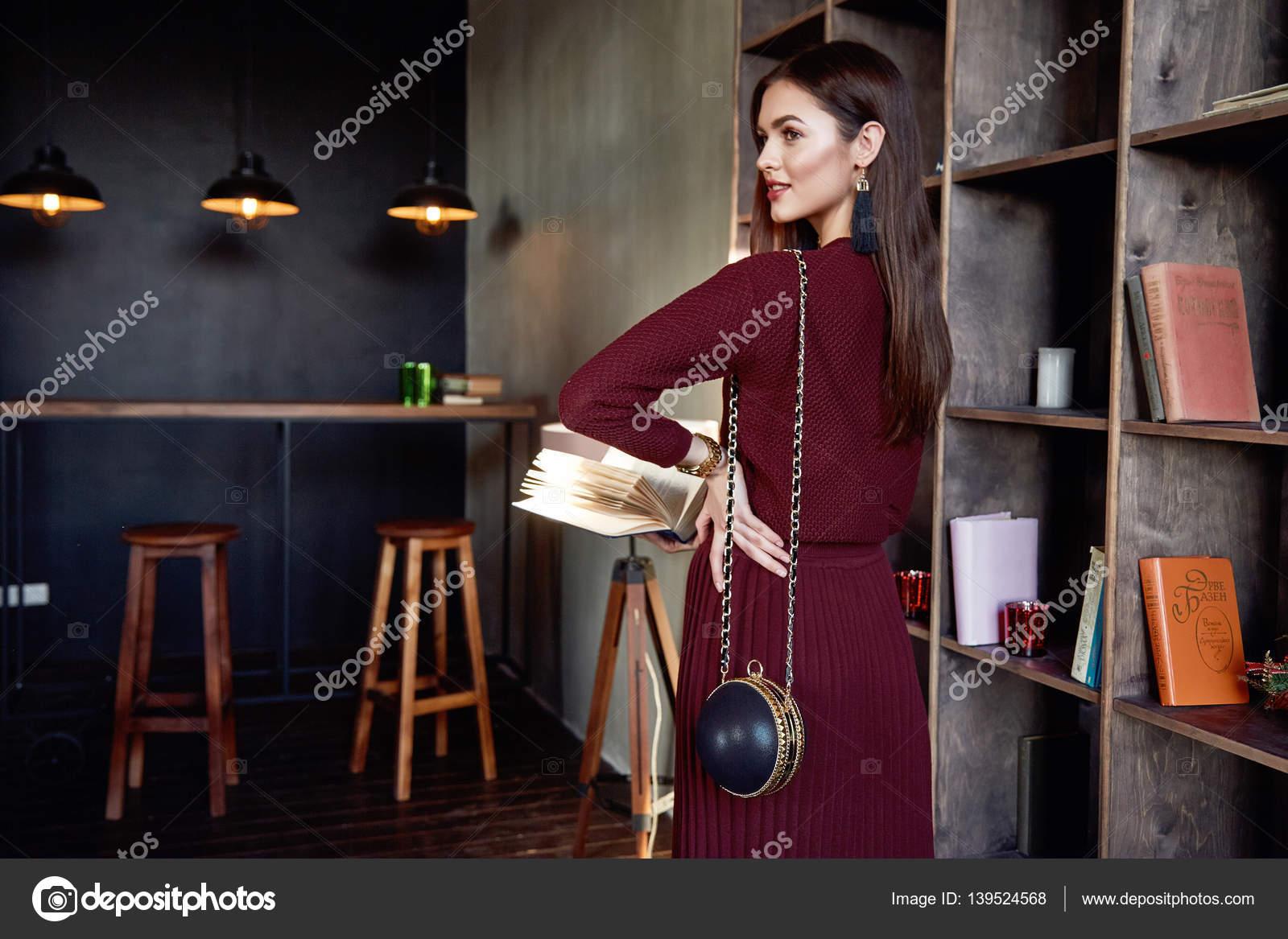Ufficio Stile Moda : Stile moda vestito abito lana usura rosso signora business donna