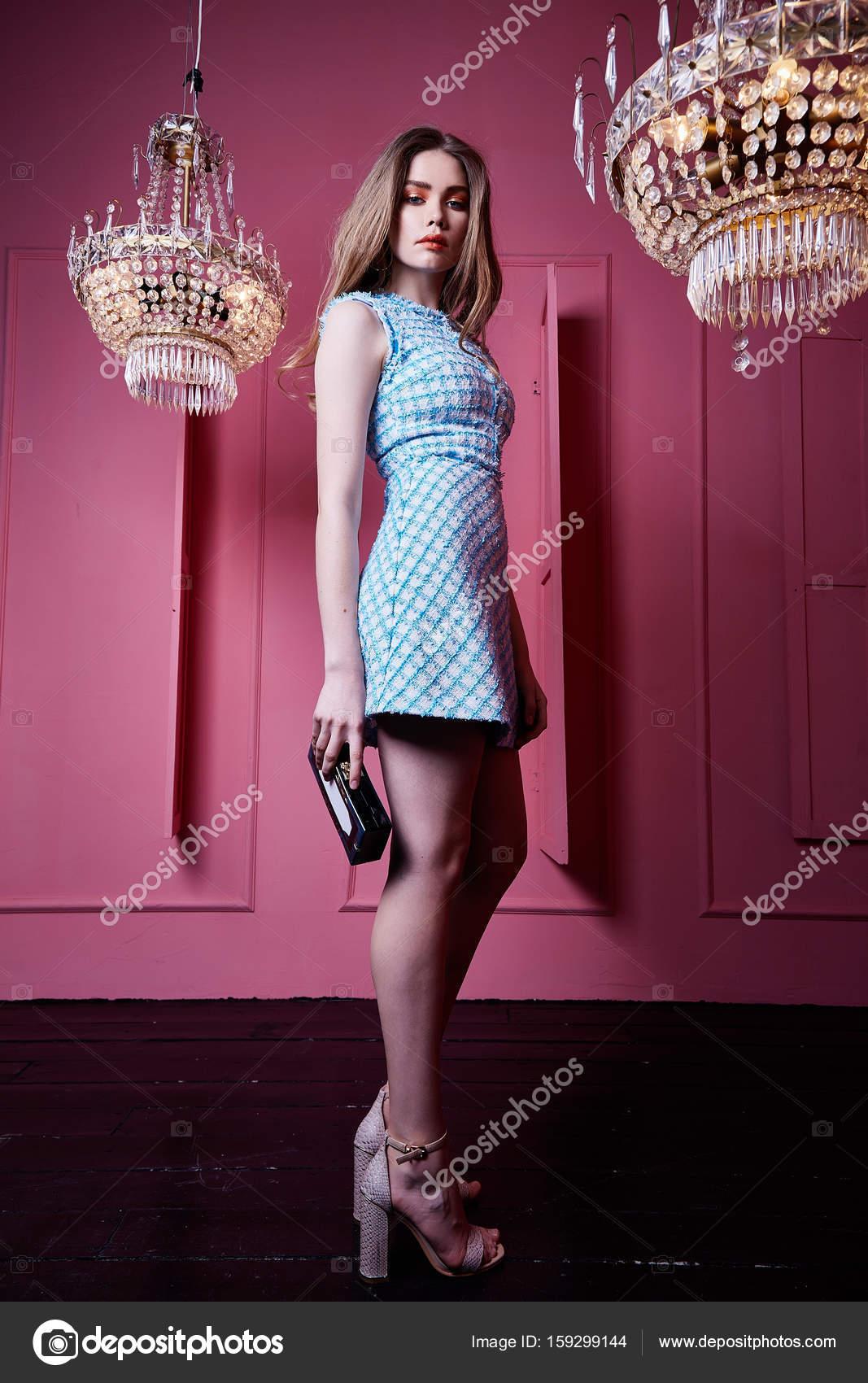 Cara bonita hermosa sexy mujer rubia chica dama moda modelo w ...