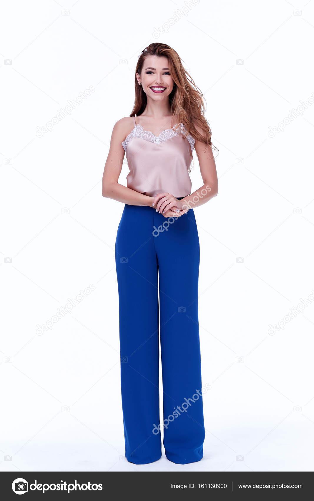 Belleza mujer modelo desgaste diseño elegante tendencia ropa seda azul  pantalones estilo casual oficina formal para trabajo 0f4e0f3b30b8
