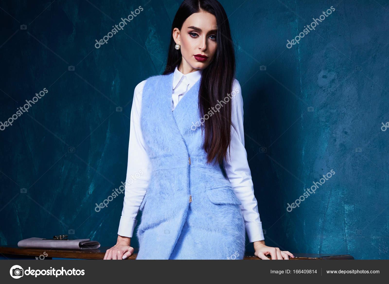 9283a0898575 Мода стиль каталог коллекции верхней одежды осень весна — Стоковое ...