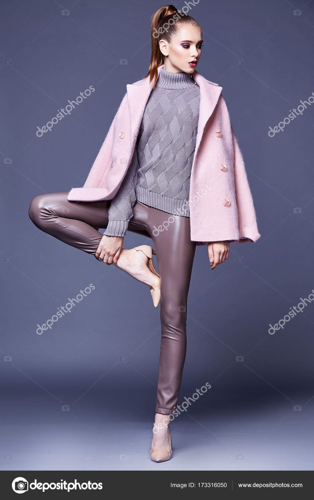 Woman Wear Business Style Clothing For Office Casual Meeting Outwear Cashmere Coat Pink Wool Knitted Sweater Lather Skinny Pants Fall Collection Casual