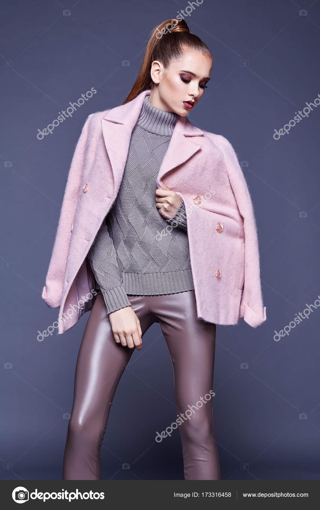 ed66ae958e2 Frau Verschleiß Business Stil Kleidung für Büro zufälligen Begegnung  Oberbekleidung Kaschmir Mantel Rosa Wolle gestrickte Pullover Schaum dünne  Hosen fallen ...