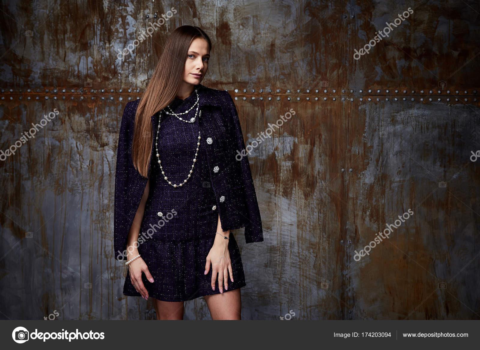 Vêtements de style affaires femme usure pour col rencontre