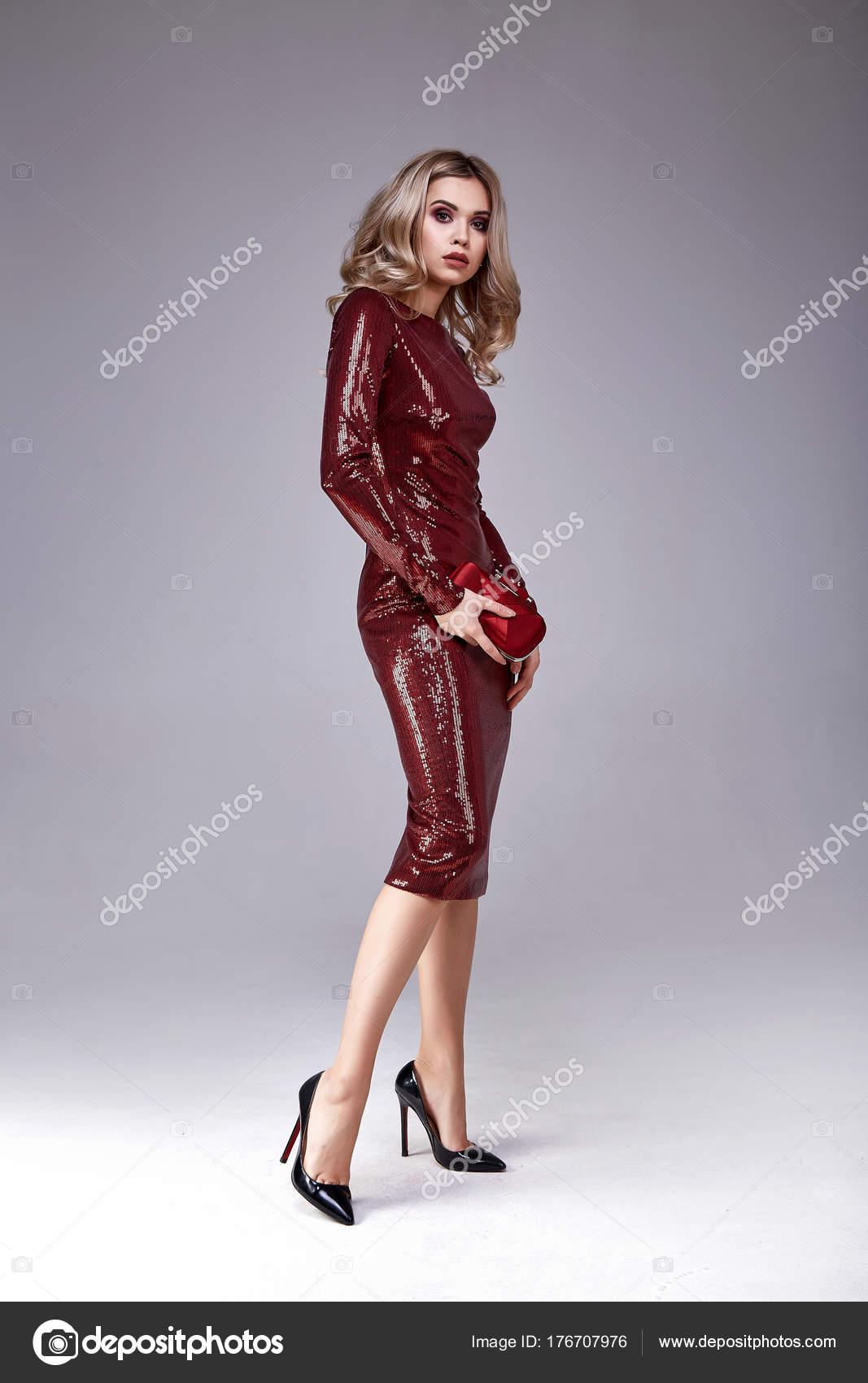 Сексуальное платье на новый год 2009