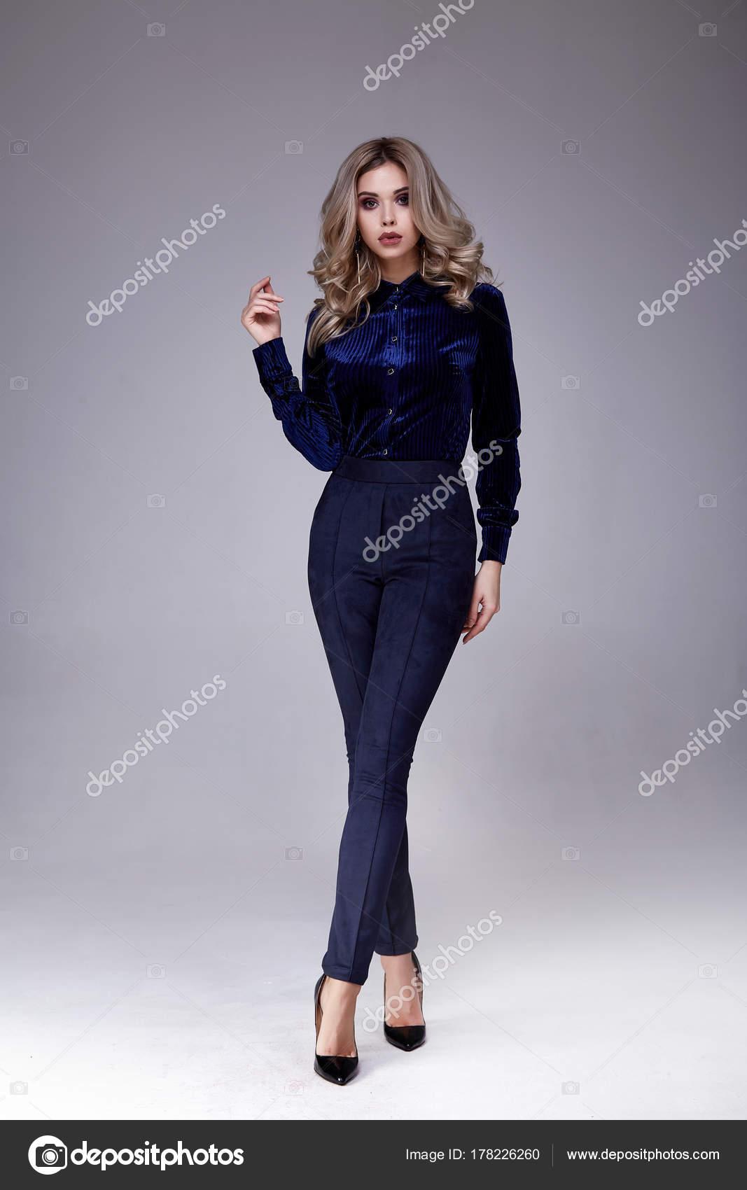 Schöne Geschäft Frau Lady Stil perfekten Körper Form blonde je ...