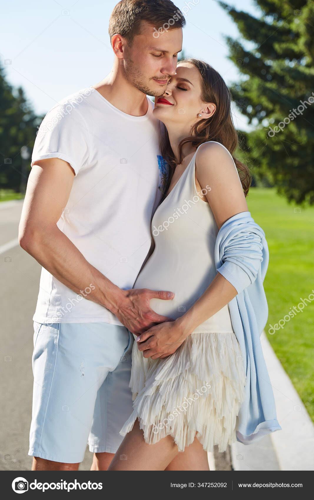 Happy Couple Love Waiting Child Pregnancy Hug Walk Summer Park Stock Photo C Iniraswork 347252092