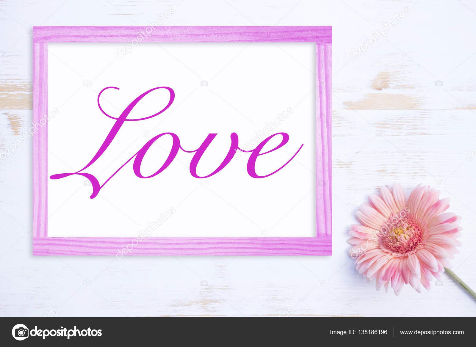 flor rosa con marco y la palabra amor — Foto de stock © wernerimages ...