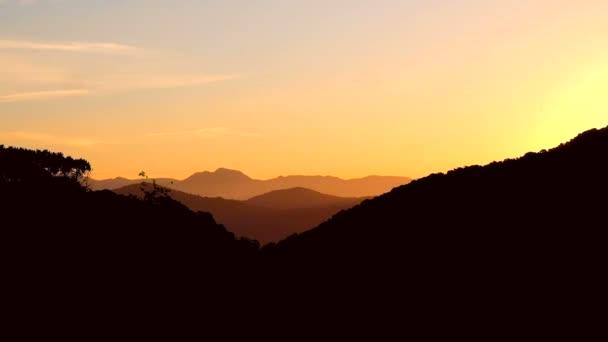 panoráma, napnyugta, hegyek felett