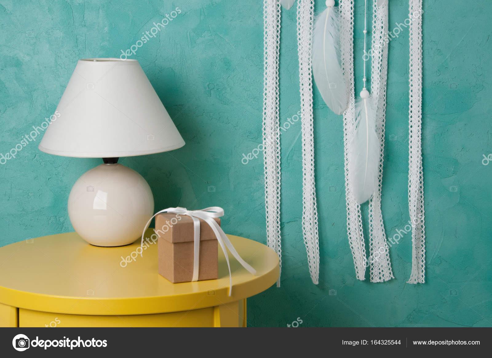 Chambre décor sur fond bleu-vert — Photographie voisine © #164325544