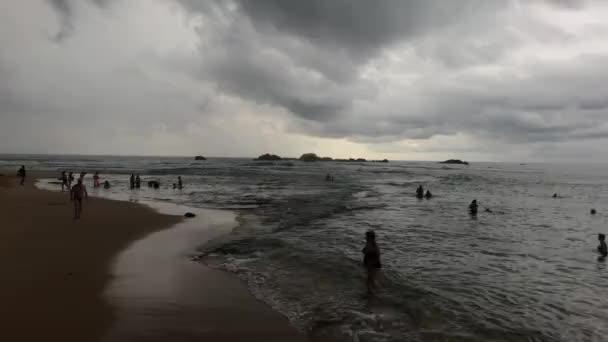 Hikkaduwa, Srí Lanka, tenger eső előtt