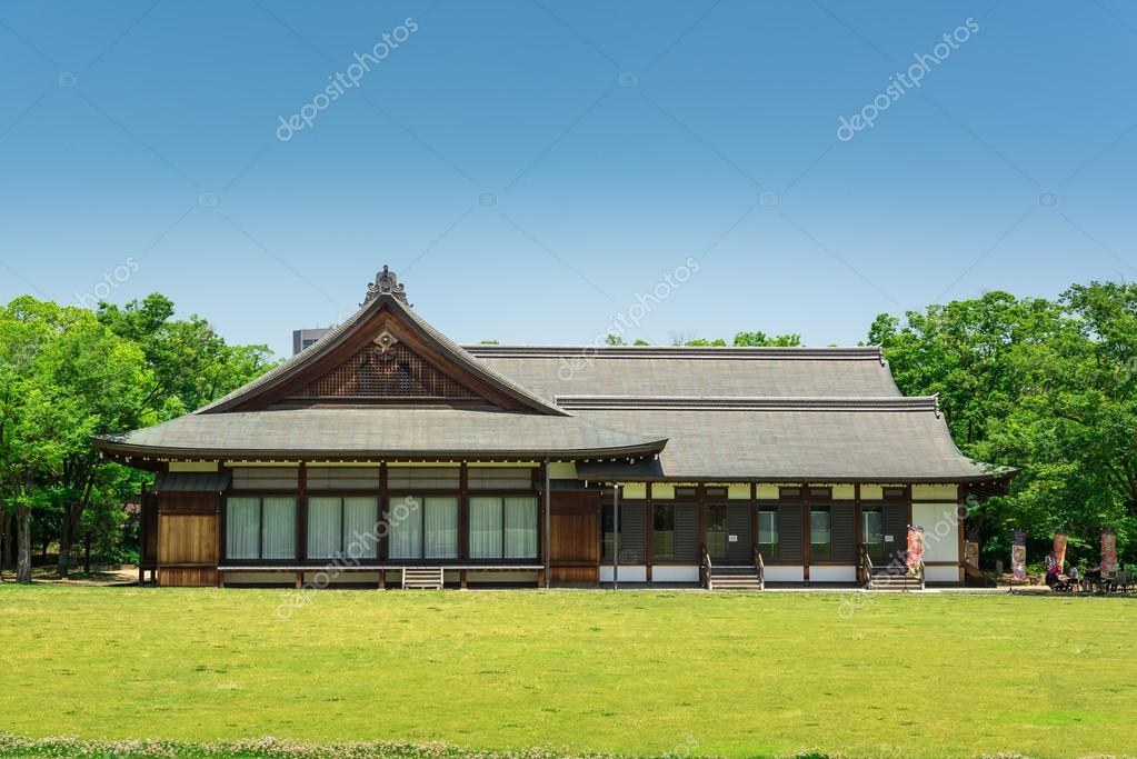 Former Osaka Guest House in Nishinomaru Garden — Stock Photo