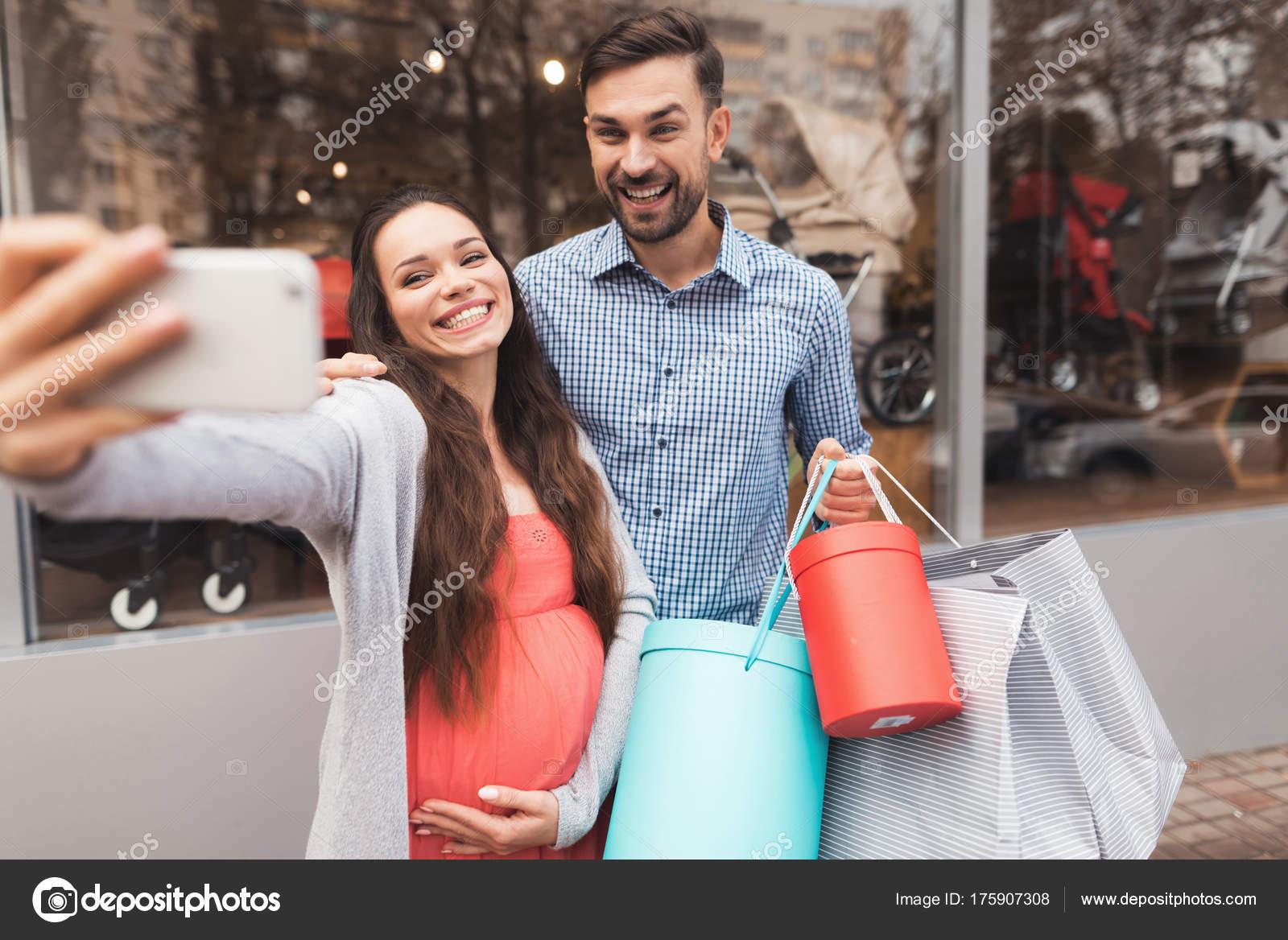 dating με ρούχα για ψώνια