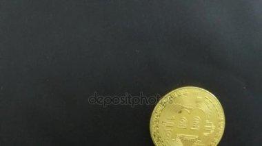 Makroaufnahme Von Bitcoin Münzen Gedreht Auf Schwarzem Hintergrund
