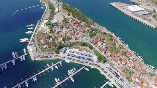 Letecký pohled na Šibeniku v Chorvatsku