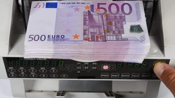 Geld Tellen Geldautomaat Bankbiljet Tegen Rekenen Vijfhonderd Euro Rekeningen Stock