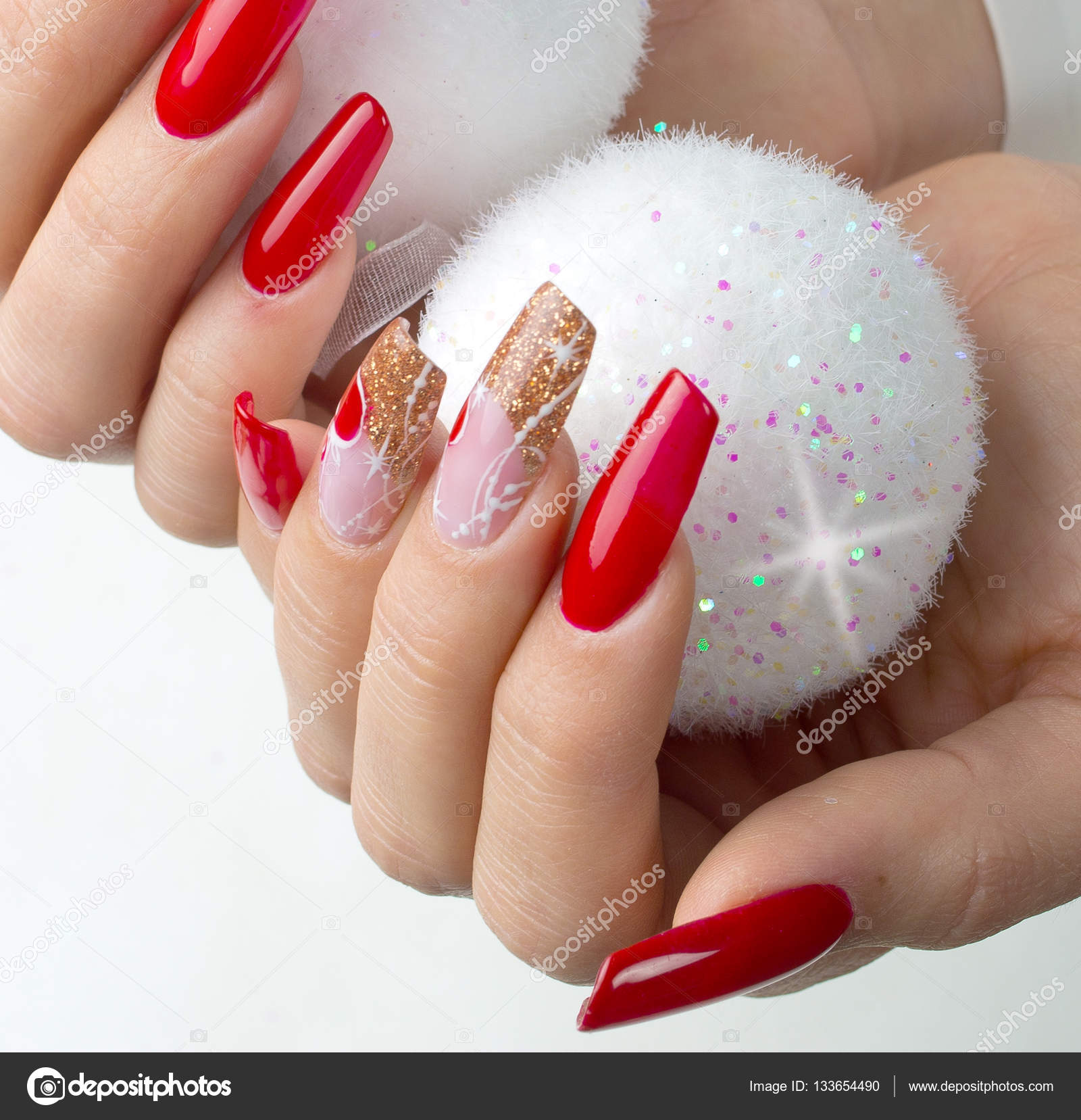 red nails decorated for your fantastic Christmas — Stock Photo ...