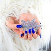 Christmas blue nails