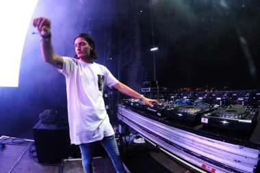 Alesso (Swedish DJ  )