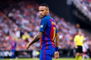 Neymar plays at the La Liga