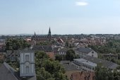 Blick vom Burgturm auf die Stadt Friedberg, Hessen, Deutschland