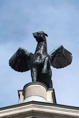 Bronze sculpture of Pegasus on the roof of the old opera Frankfurt