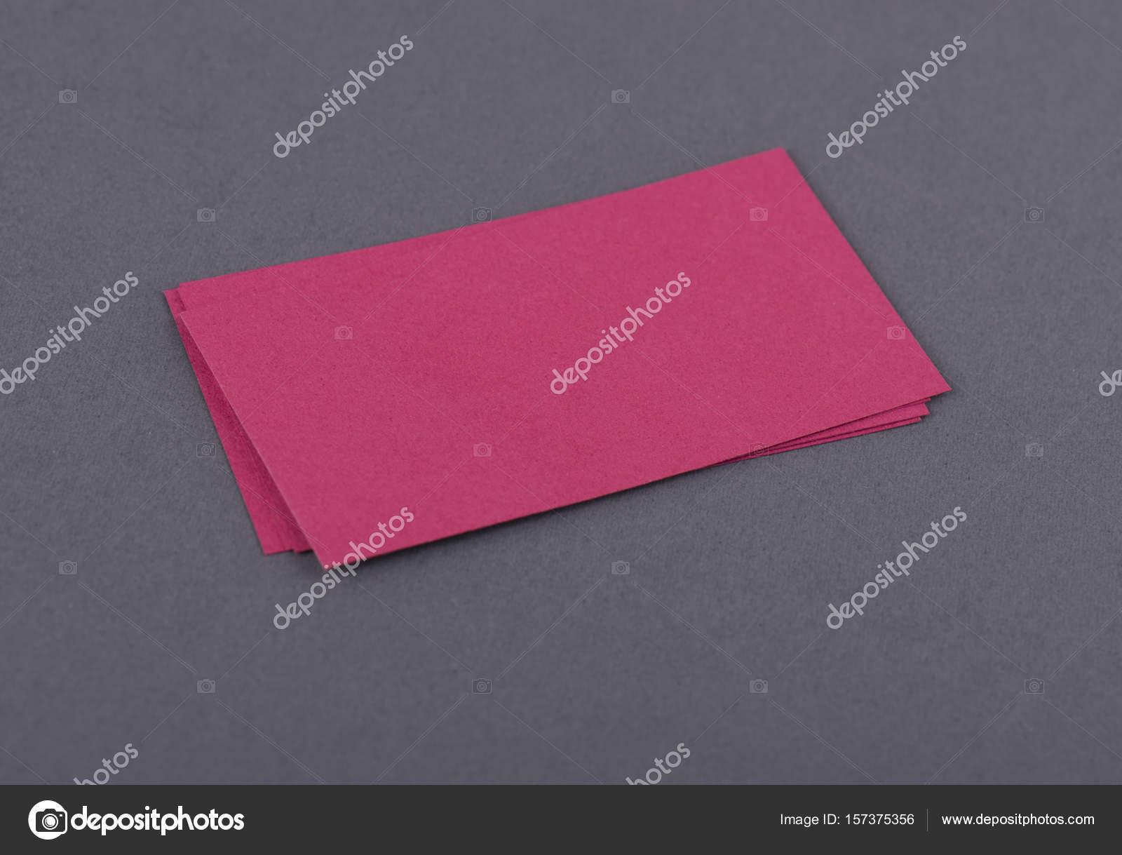 Maquette De Pile Fan Des Cartes Visite Rouge Sur Fond Papier Texture Noir
